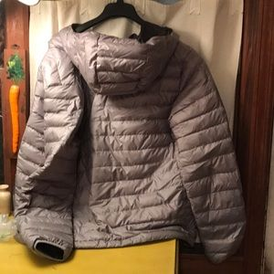 Patagonia Jackets & Coats - Patagonia hooded down jacket silver grey large